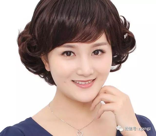 适合短发的发型高清短发真的美,年轻又提气动漫头像御姐妈妈这是图片